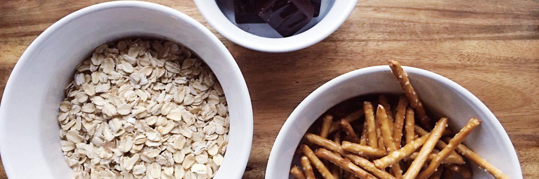 Minty-chocolate Oat & Pretzel Bars