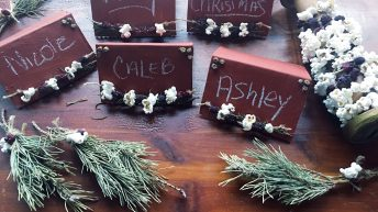 Old-fashioned Chalkboard Place Holders