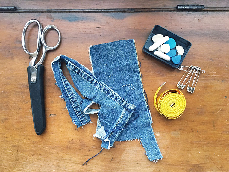 DIY Super Easy Denim Patch